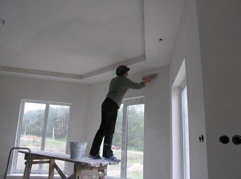 Готовый к декоративной отделке потолок из ГКЛ