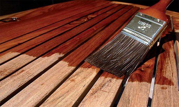 Грунтование деревянных планок перед покраской