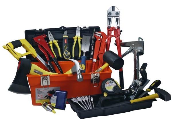 Инструменты, необходимые для работ с деревом.
