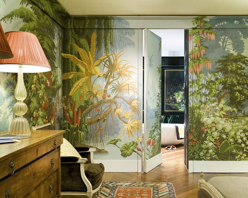 Искусный подбор всех элементов интерьера – вот главное условие создания панорамы на всех стенах помещения как на представленном фото