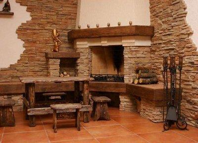 Искусственным камнем можно облицевать не только фасад строения, но и его помещения.
