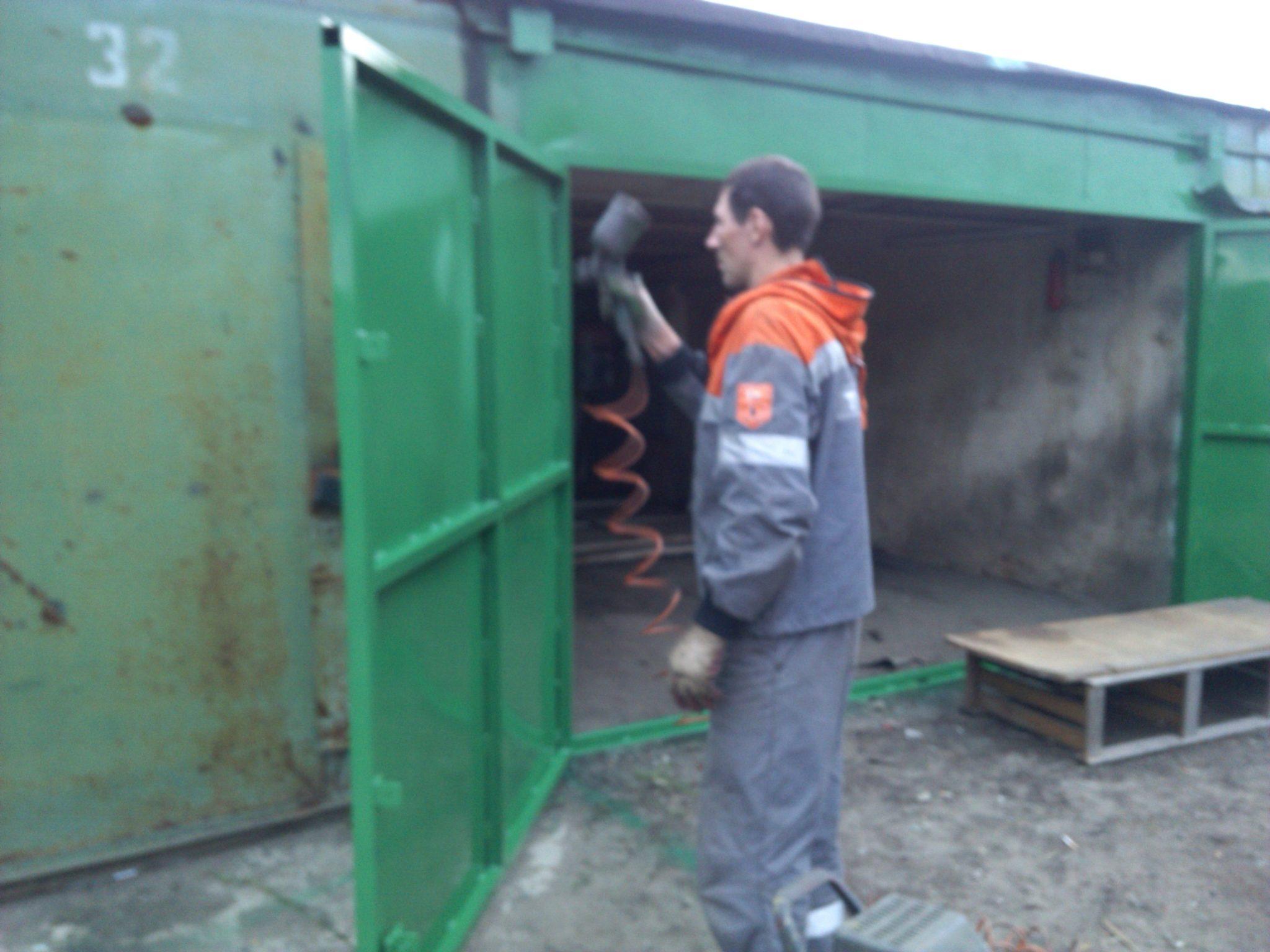 Чем покрасить железную дверь гаража куплю гараж в краснотурьинске