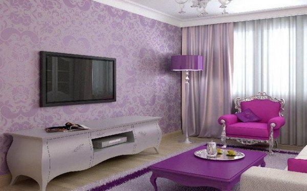 Использование мебели в классическом стиле яркого цвета и обоев с шикарным узором позволит создать респектабельную обстановку