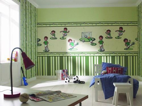 Использование прямых линий для достижения визуального эффекта высоты потолка