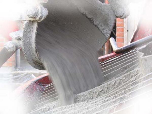 Известковые растворы доставляются с заводов автосамосвалами или специально оборудованным транспортом.