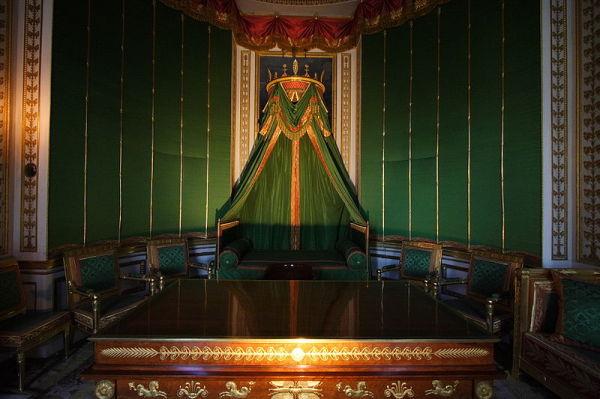 Кабинет Наполеона во дворце Фонтенбло – классический образец для подражания