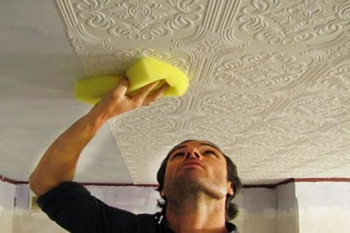 Как наклеить обои на потолок из гипсокартона