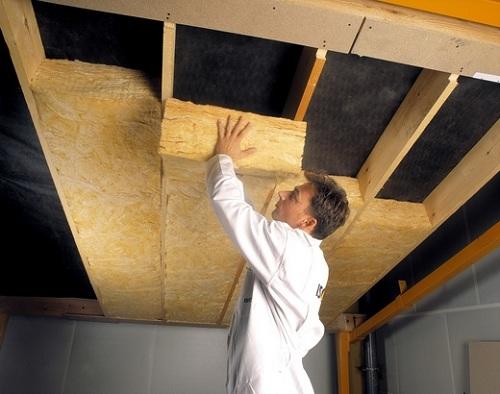 Как отделать дом из бруса внутри утеплителем