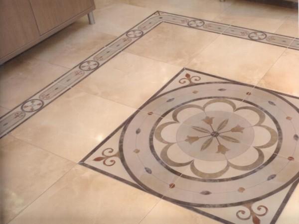 Керамическая плитка - это классический материал для отделки стен и пола.