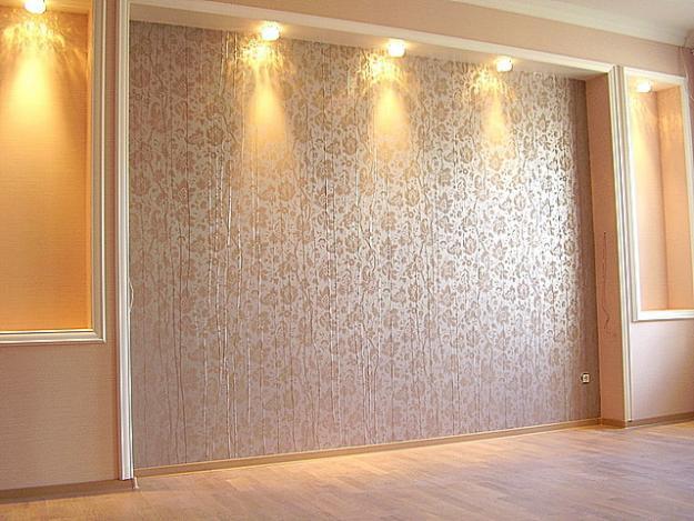 Классический дизайн отделки стен обоями