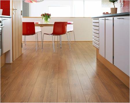 Ламинат на кухонном полу