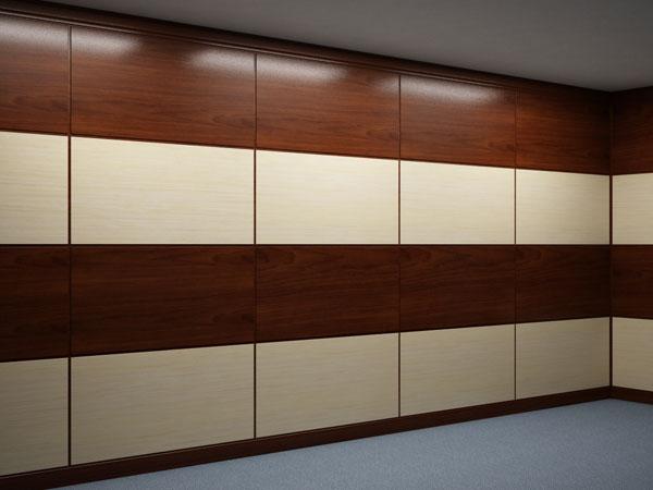 Любительское фото помещения отделанного стеновыми панелями