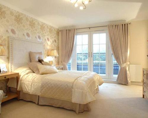 Любительское фото сочетания всех элементов интерьера в одних тонах, которое отлично подходит для спальни
