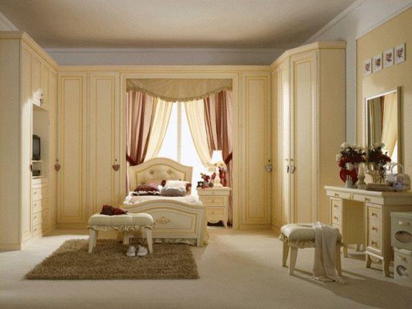 Мебель в классическом стиле.