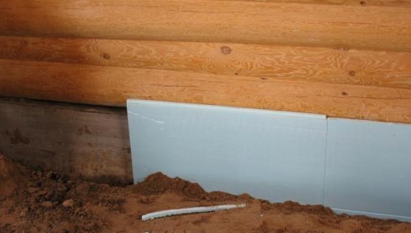 Монтаж пенопласта под пластиковые панели с целью увеличения теплоизоляционных свойств