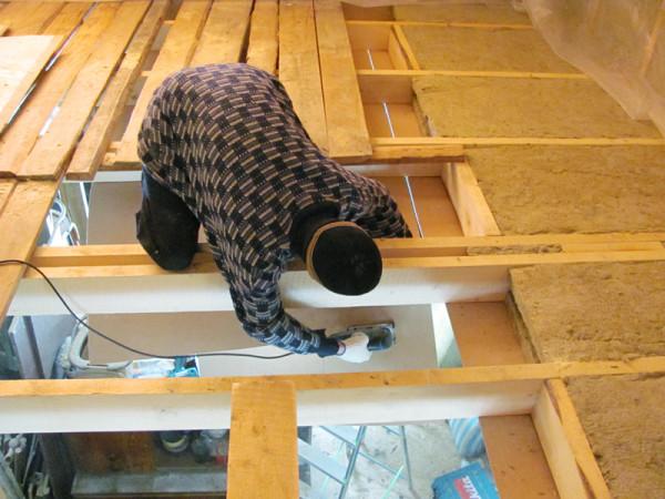 Монтаж потолочного перекрытия