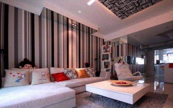 На фото - результат профессионального подбора обоев в соответствии с мебелью в гостиной