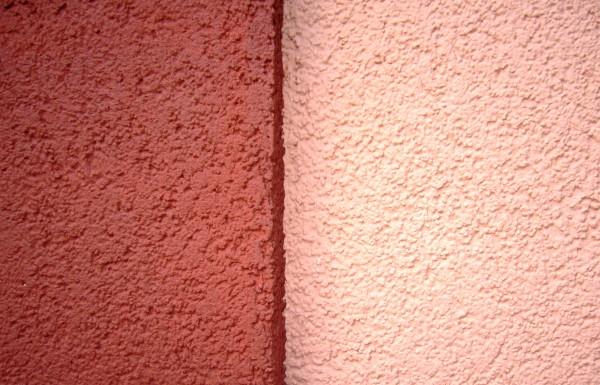 На фото – пример акриловой штукатурки