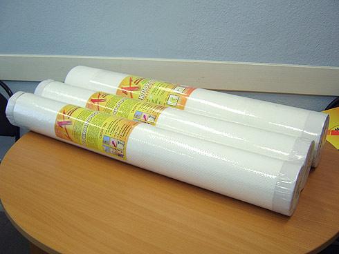 На фото показаны рулоны под окрашивание.