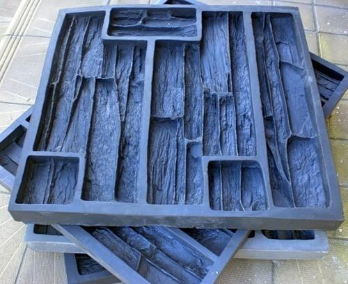 На фото показаны силиконовые формы для заливки раствора.