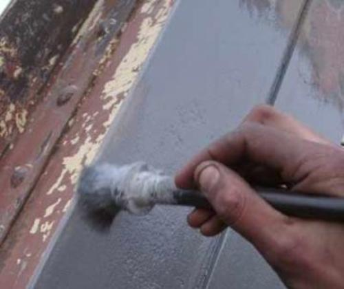 Нанесение адгезионной грунтовки на металлическую поверхность
