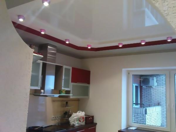 Натяжной потолок – красиво и практично