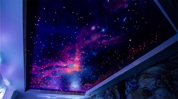 Натяжной потолок с эффектом «звездное небо»