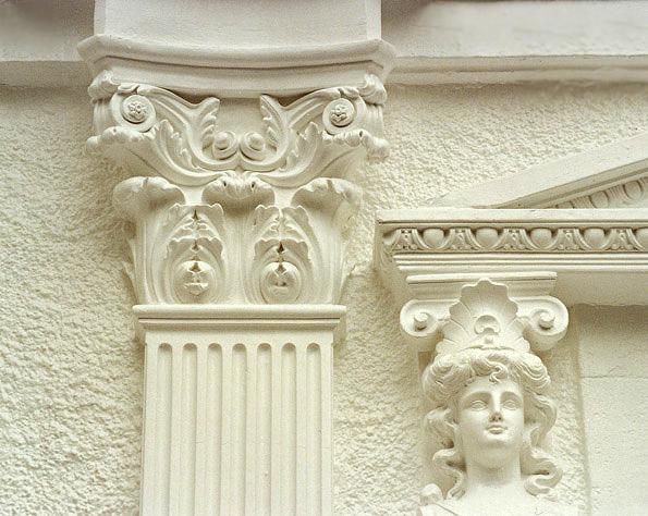Некоторые оштукатуренные поверхности сохранили свою привлекательность со времен расцвета Римской Империи.