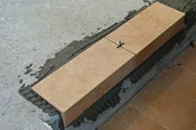 Облицовка ступеней угловой плиткой