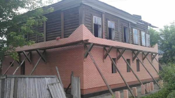 Облицовка дома кирпичом