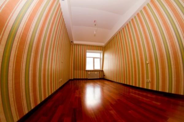 Обои - это один из наиболее интересных способов для украшения поверхности стен