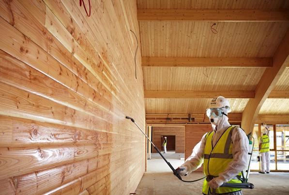 Обработка деревянных конструкций антипиренами
