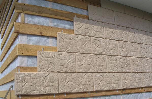 Обшивка по деревянному каркасу - одна из наиболее часто используемых методик отделки