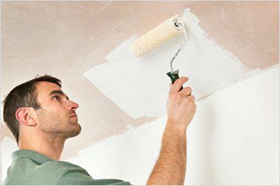 Окраска гипсокартонных потолков шерстяным валиком