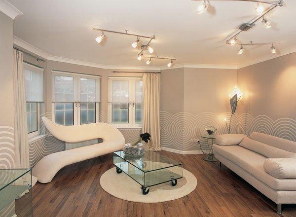 Оригинальное дизайнерское решение в светлых тонах, для большой и просторной комнаты