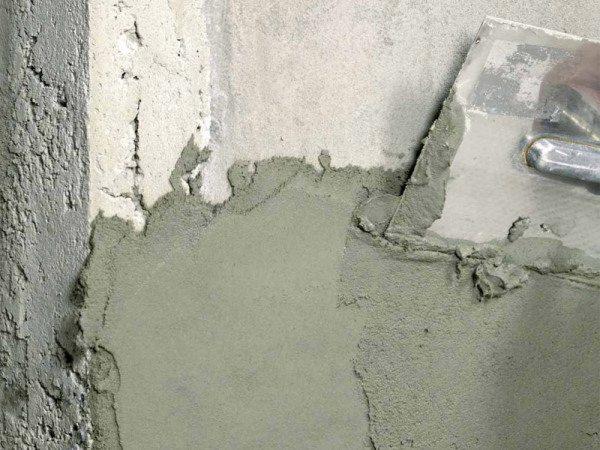 Оштукатуривание бетона после грунтования своими руками