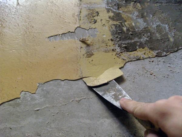 Основательное очищение поверхности – первое, что требуется сделать.