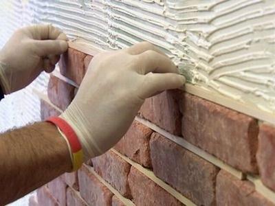 Отделка клинкерной плиткой стен жилого помещения