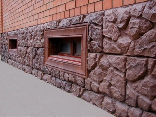 Отделочные материалы для фундамента дома должны быть не только надежными, но и привлекательными