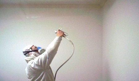 Отделывать потолок можно несколькими способами