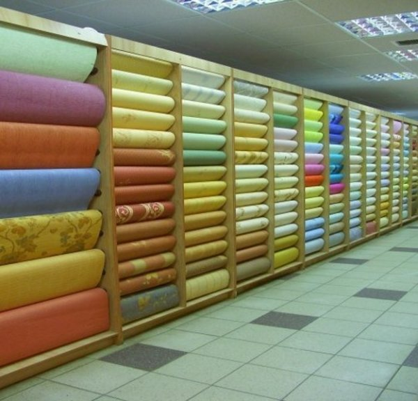 Палитра виниловых обоев поражает многообразием цветовых исполнений и фактур
