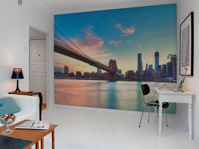 Панорамные фотообои на стену словно раздвигают пространство