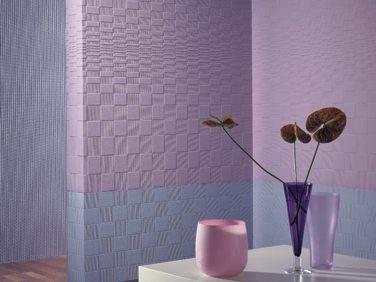 Подобные типы материалов имеют потрясающий внешний вид и могут украсить и разнообразить любой интерьер, что делает его незаменимым при произведении отделочных работ