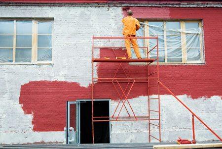 Покраска кирпичного фасада.
