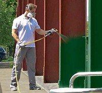 При работе с распылителем, пользуйтесь средствами защиты (респиратор)
