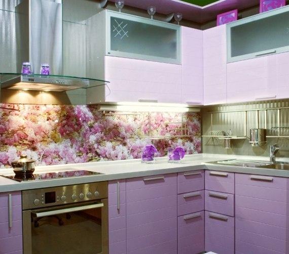 Применение полотен с изображением цветов