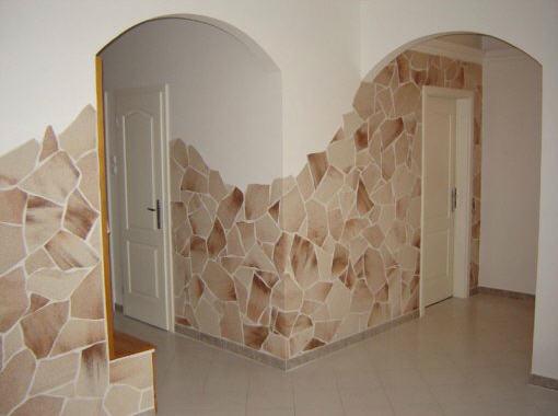 Пример частичной облицовки комнаты