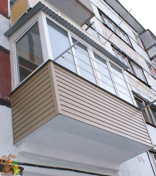 Привлекательный балкон можно сделать с достаточно малыми затратами