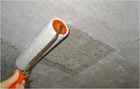 Производить грунтование необходимо до тех пор, пока поверхность не перестанет впитывать сильно влагу