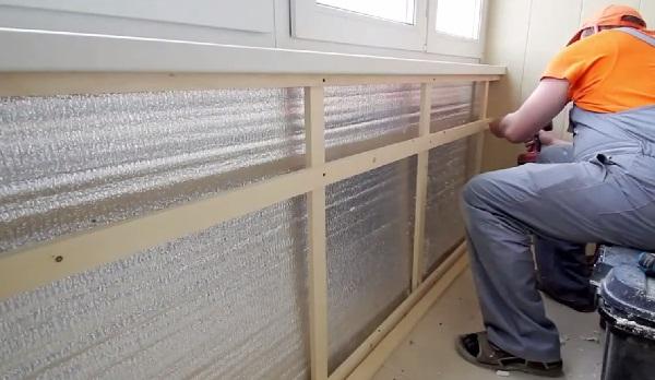 Процесс отделки балкона